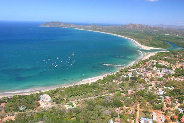 Costa_Rica_Playa_Tamarindo_-800x450